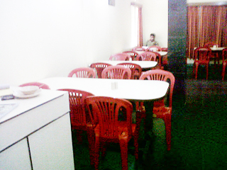 Holiday House Hotel Puri Restaurant