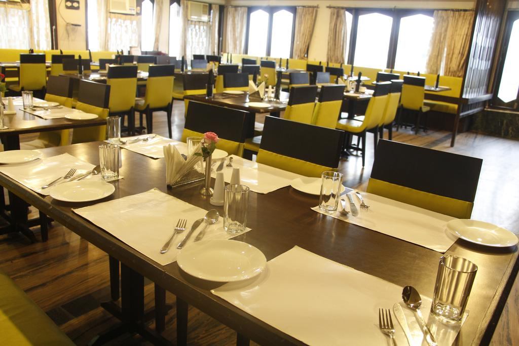 The Byke Vijoya Hotel Puri Restaurant